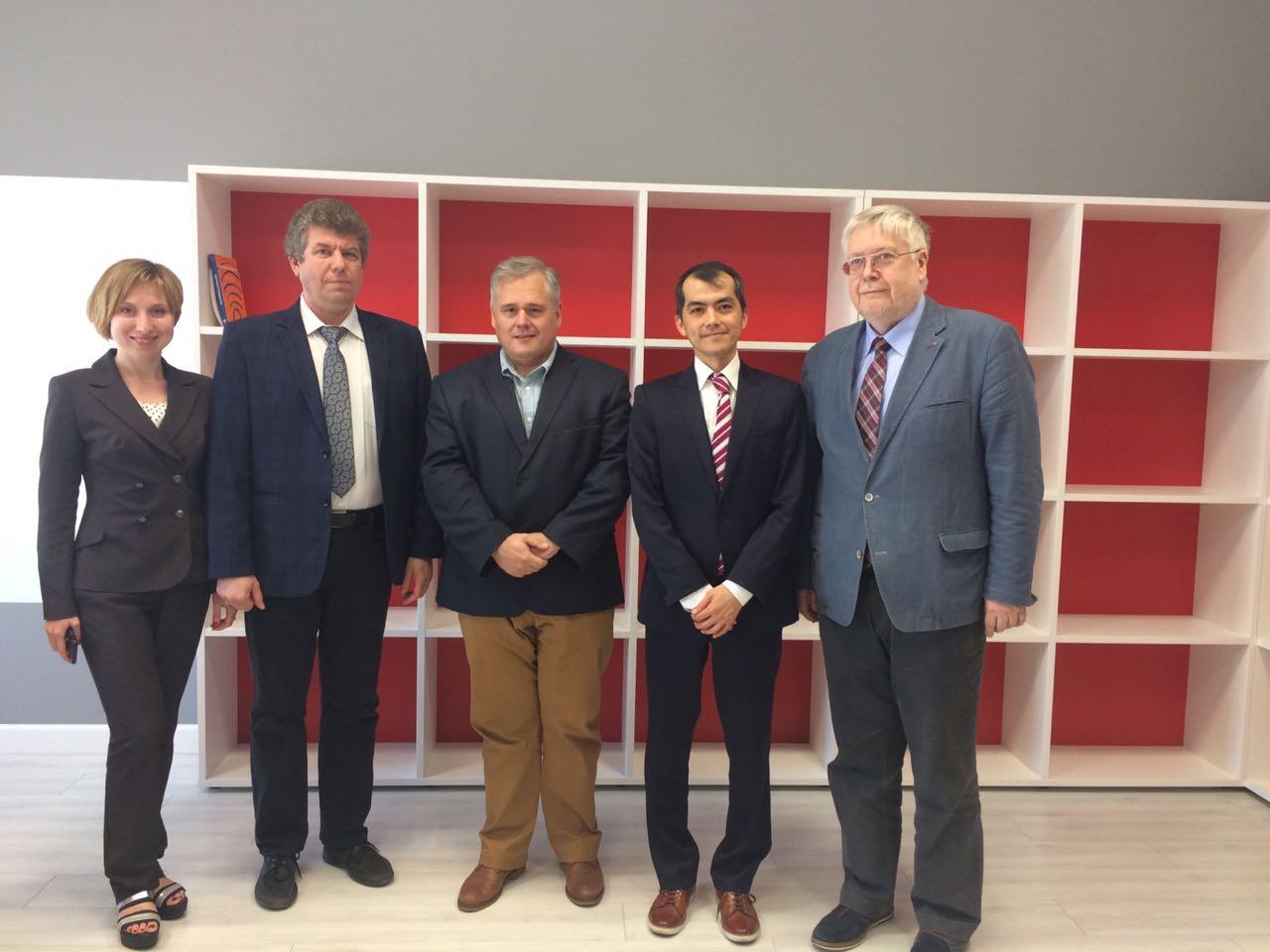 MCU Rector Igor Remorenko met with Dr. Haohsiang Liao from MIT