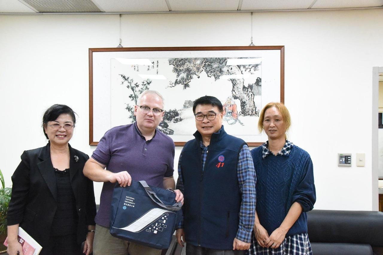 Professor Vladimir Kurdyumov visiting Taiwanese universities