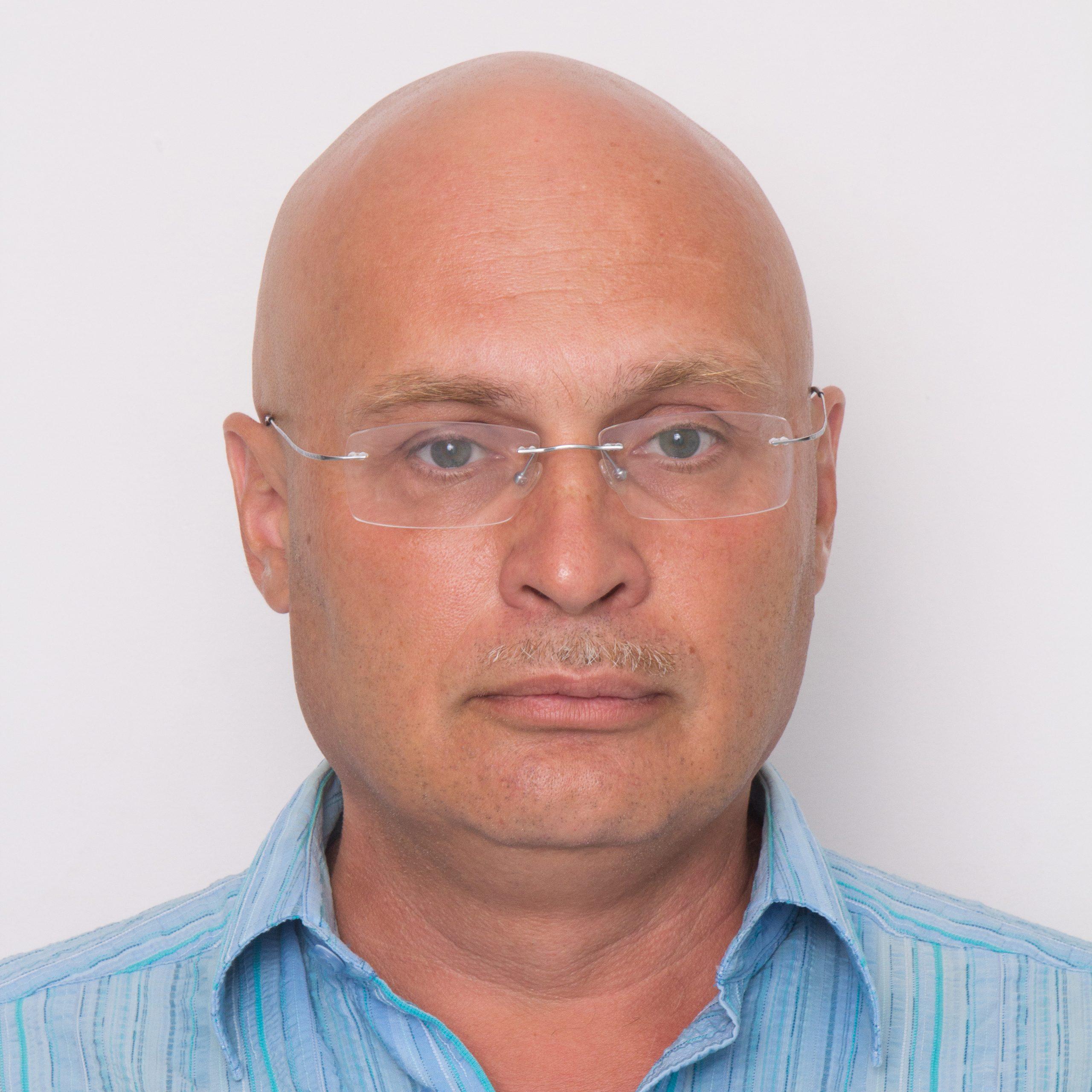 Victor Chernikov